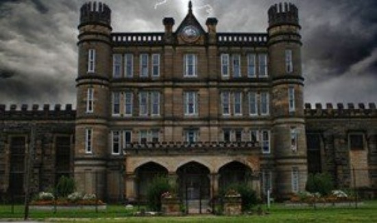 10 Haunted Places To Visit For Real Scare