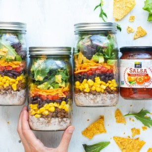 Easy Mason Jar Meals For The Person On-The-Go