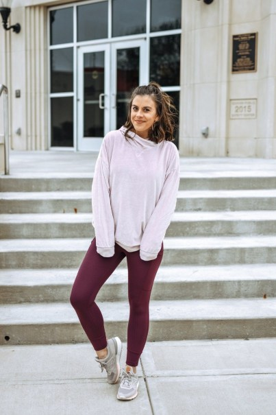 Here's How To Style Gym Leggings Outside Of The Gym