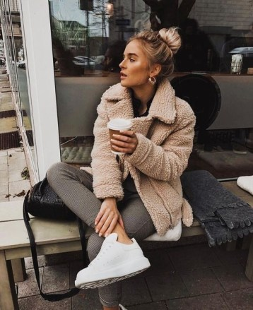 8 Cosy Fall Outfits For A Chilly Day