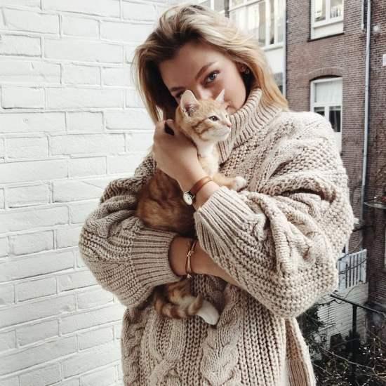 Girl Perfect Pet Match Horoscope