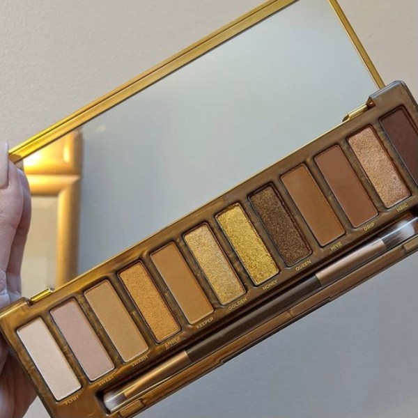 Makeup Palettes For Makeup That Matches Your Spring Wardrobe