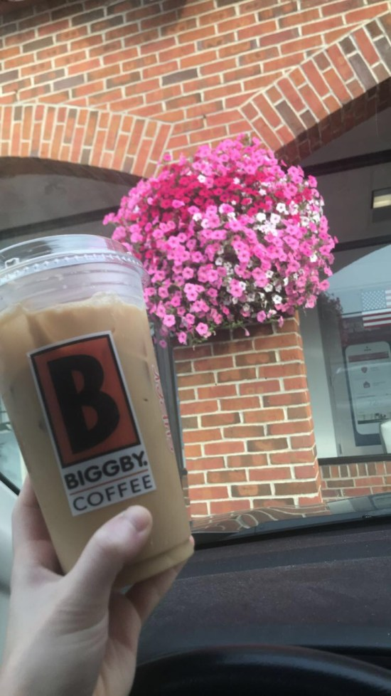 The Best Chain Coffee Shops That Aren't Starbucks