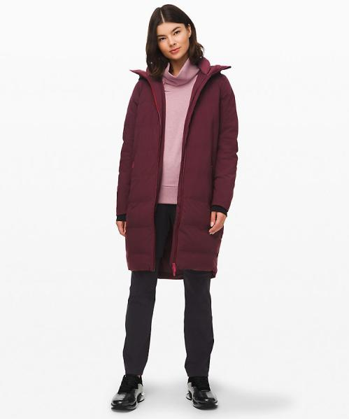 *7 Of The Trendiest Winter Parkas You NEED