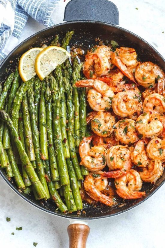 5 Hella Easy Recipes That Anyone With A Brain Can Cook To Impress Your Guests