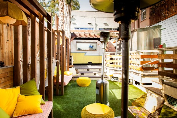 The Best Outdoor Bars To Check Out In Los Angeles This Summer