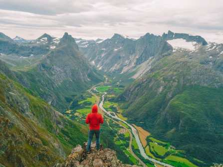 10 Of The Most Beautiful Places To Hike In The World