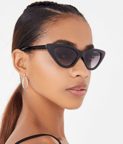 *10 Spring 2019 Accessory Trends You'll Want To Try Yourself