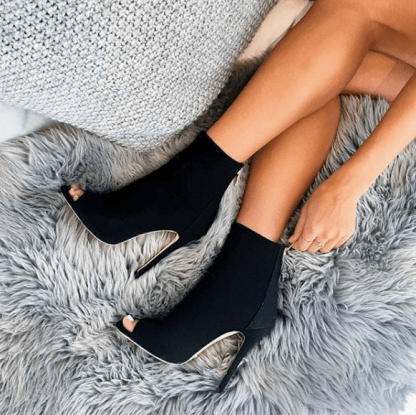 8 Types Of Shoes You Absolutely Must Own