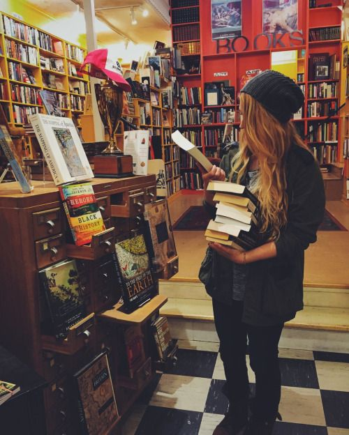 10 Ways To Get Cheap Textbooks