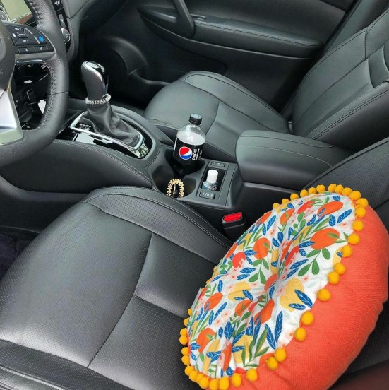 How To Decorate Your Car For Comfy Hangout Sessions For Cheap