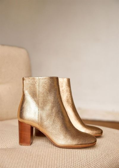 13 Eco Friendly Shoes For This Fall