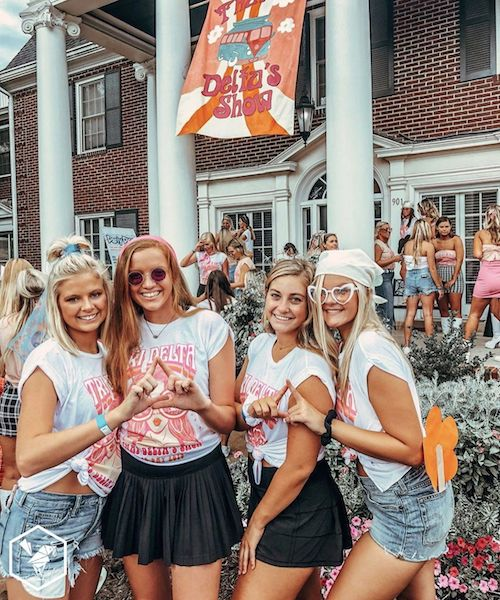 10 Things You'll Only Understand If You're In A Sorority