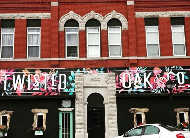 Twisted Oak & Co. is one of the best places to shop for accessories in downtown Webb City.