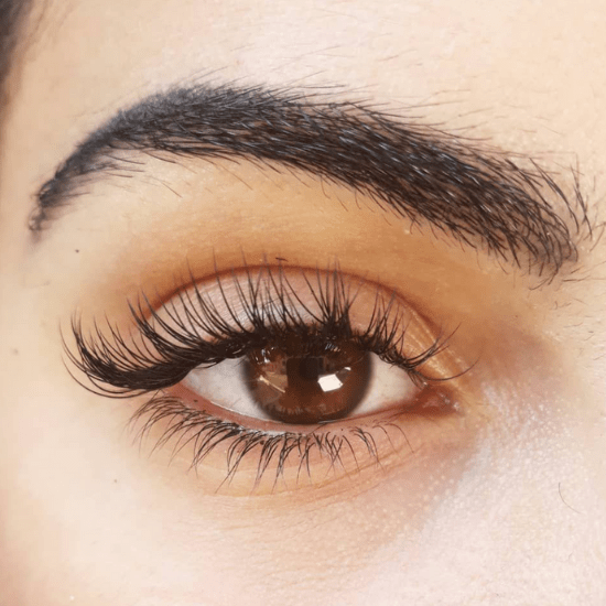 5 Things You Need To Know Before Eyelash Extensions