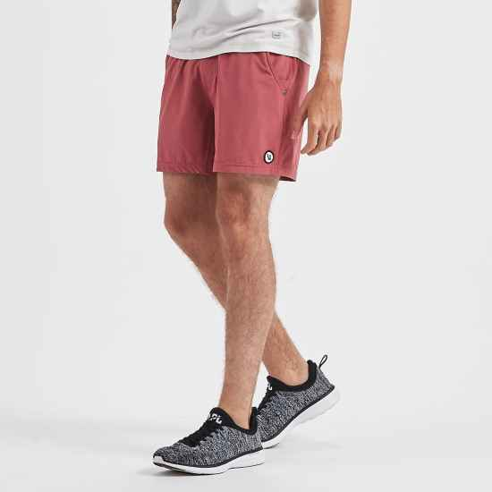 *20 Men's Summer Accessories He'll Wear Everywhere