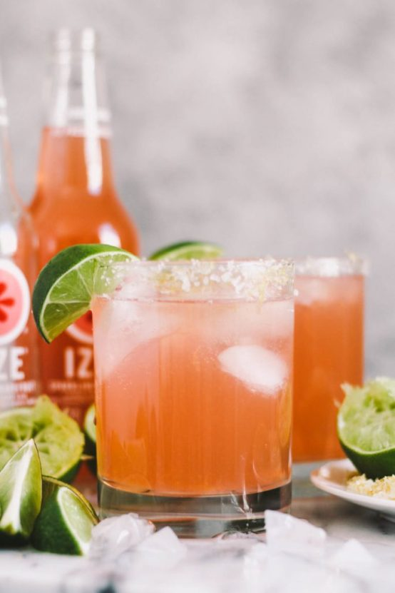 10 Great Cocktail Recipes For Your Next Girls Night In