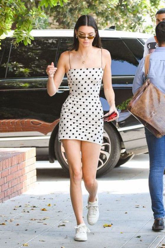 10 Kendall Jenner Outfits That You Need To Steal