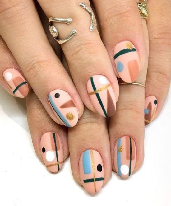10 Nail Polish Looks Perfect For The First Week At College