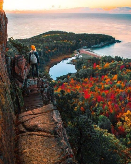 Best Places To Travel In The Fall In New England