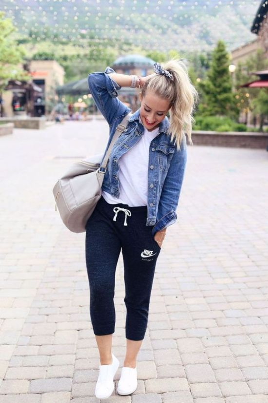 What To Wear To Class When You're Too Tired To Put Together An Outfit