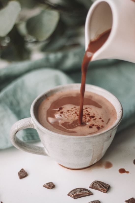 10 Alcoholic Hot Chocolate Recipes Perfect For Autumn