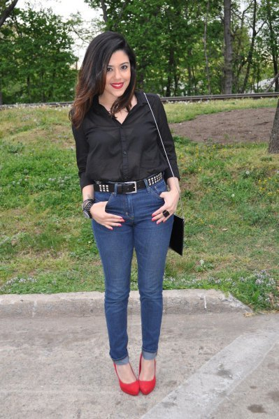 5 Ways To Wear A Studded Belt Outside Of A Festival With Jeans