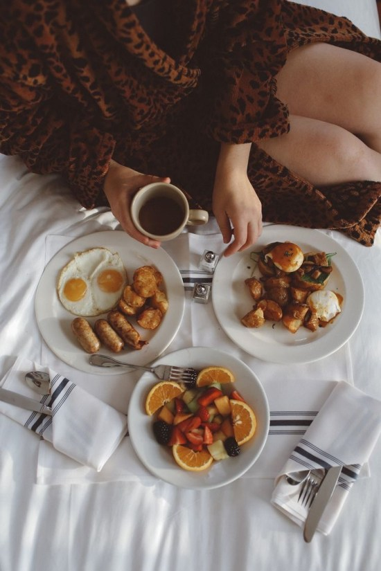 Best Restaurants That Deliver When You're Feeling Lazy