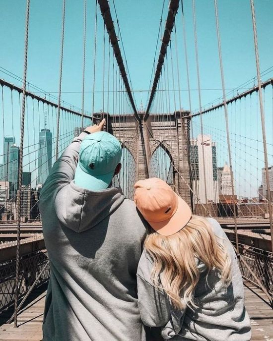 10 Cute Surprises Guys Should Do For Their Girlfriends
