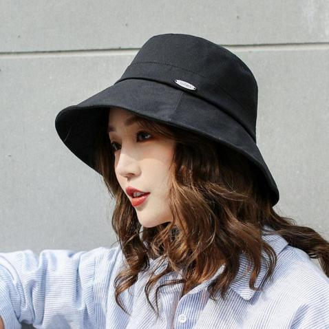 8 Hats That You Need In Your Wardrobe Right Now