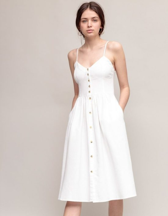 *15 Summer Dresses That Will Catch Attention