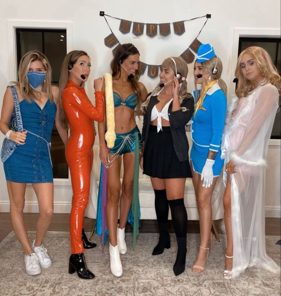 14 Halloween Costumes For Friends Who Can't Agree On What To Wear