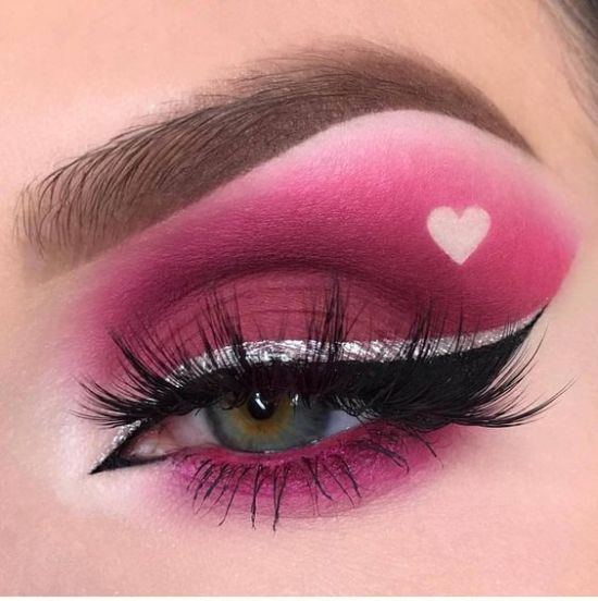 Iconic Makeup Looks To Copy For Valentine's Day This Year