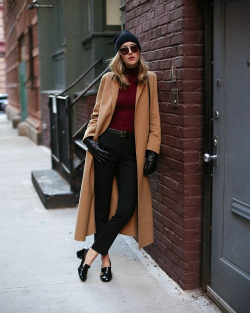 15 Women's Winter Fashion Looks That Will Have Everyone Staring