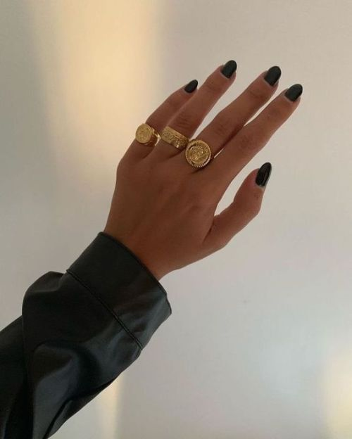 *10 Unique Rings That Everyone Should Consider Wearing