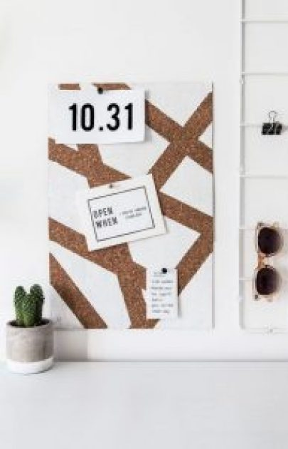 Dorm Room Ideas: 10 Minimal Decor Objects You Need In Your Room