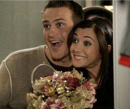 20 Couple Halloween Costumes Based On Tv Shows
