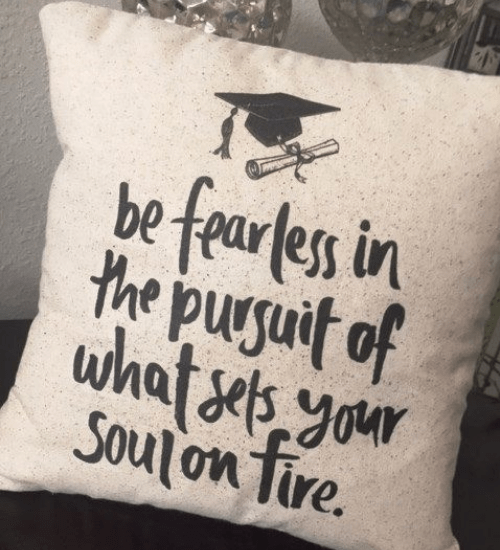 10 DIY Graduation Gifts For A Creative Grad