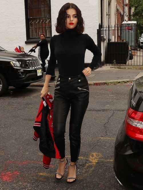 The 15 Best Fall Outfits To Copy From Celebs