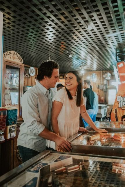 10 Unique First Date Ideas That Don't Include Eating Out