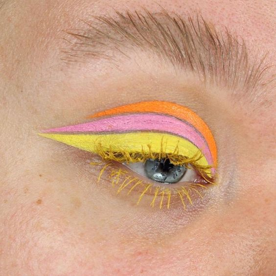 You're Going To See This Neon Cat Eye Look All Spring Long, So Here's How To Pull It Off