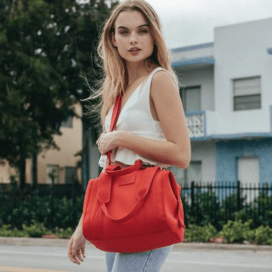 https://www.dagnedover.com/collections/the-landon-carryall#Dune-ExtraSmall