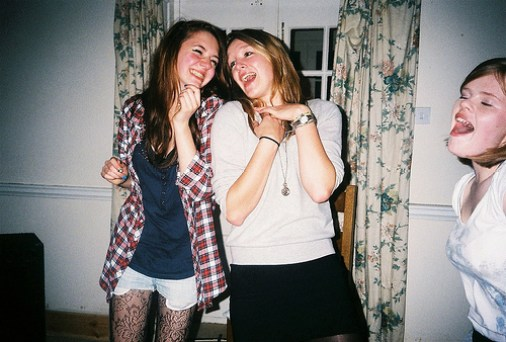 10 Perfect Songs For Drunk Karaoke