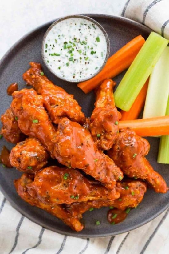Foods You Absolutely NEED At Your Super Bowl Party