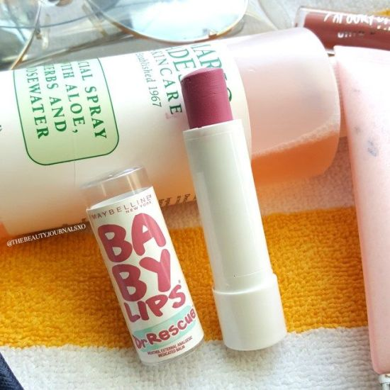 *10 Drugstore Makeup Items That You Must Try