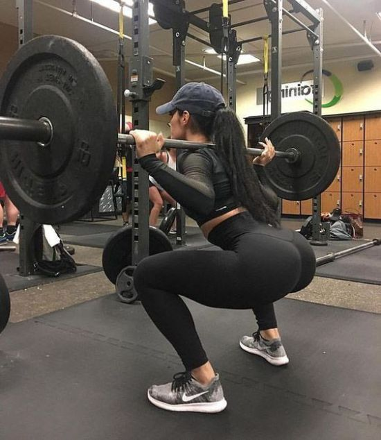 10 Workouts To Enhance Your Booty