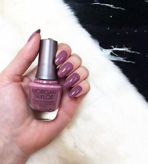 Amazing Fingernail Polish To Electrify Your Fingernails