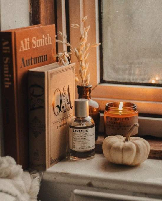 Are you in need of fall decor inspiration? You're in luck, because I've put together 11 easy ways to decorate your home for fall!