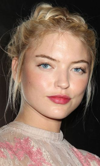 10 Tricks To Looking Makeup Free This Summer