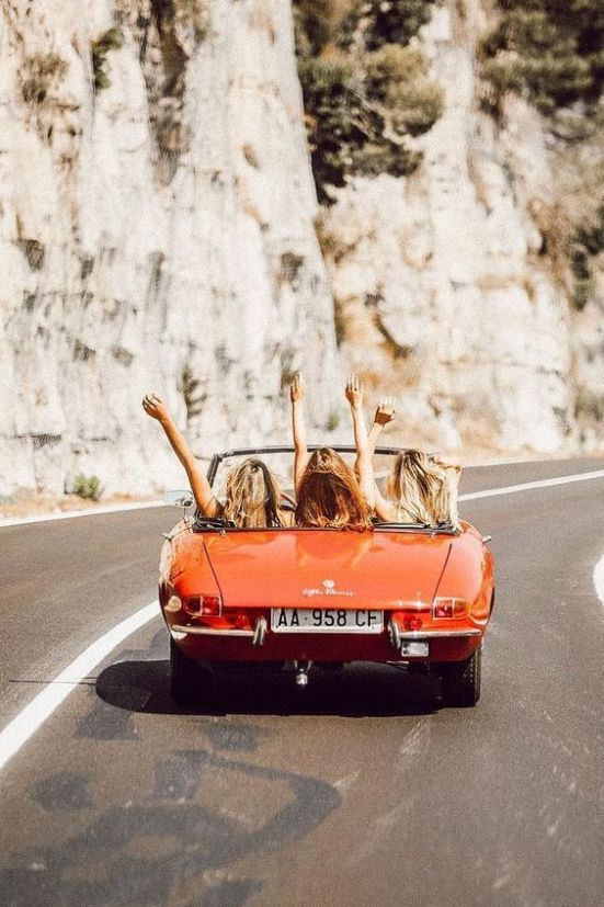 10 Best Summer Roadtrip Playlists